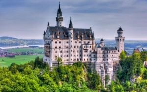 neuschwanstein_castle_germany_trees_59143_3840x2400
